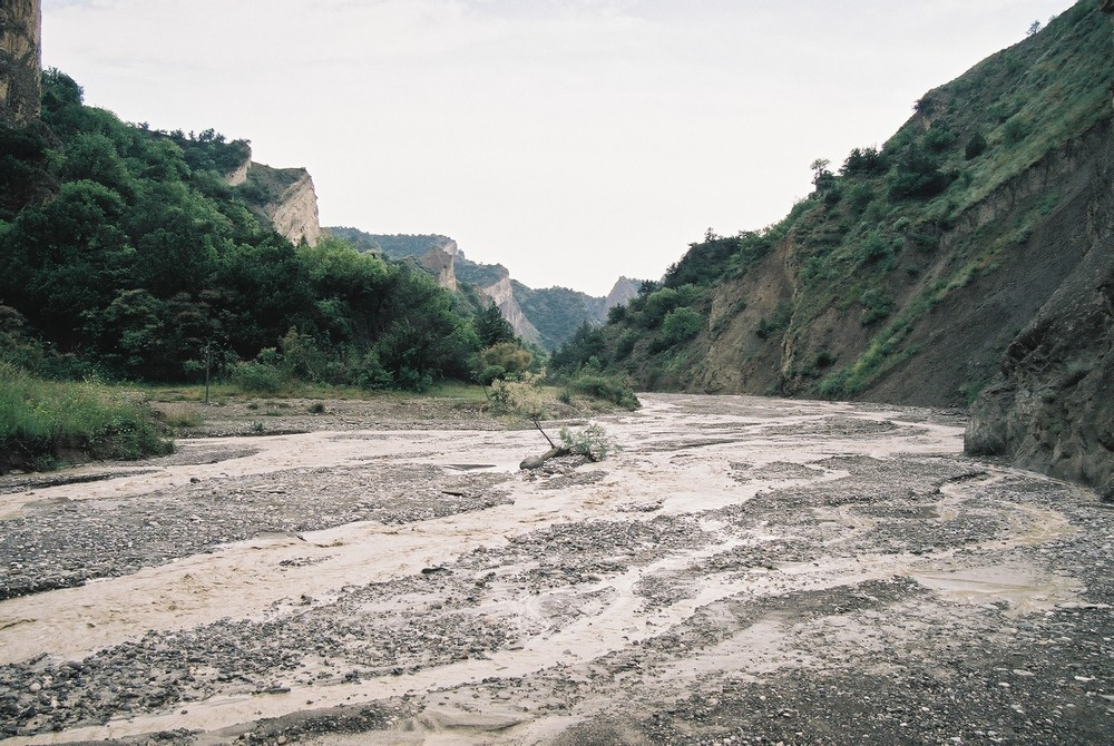 Het Nationale Park Vashlovani in het zuidoosten van het land